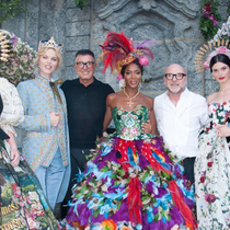 #SuzyCouture: Dolce & Gabbana – The Super-Rich Plunge Into A High-Fashion Supermarket-Suzy Menkes专栏